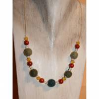 Kette, Braclet, Perlenkette, handgemacht, Unikat , Collier m. Korallen u. Filzperlen Bild 1