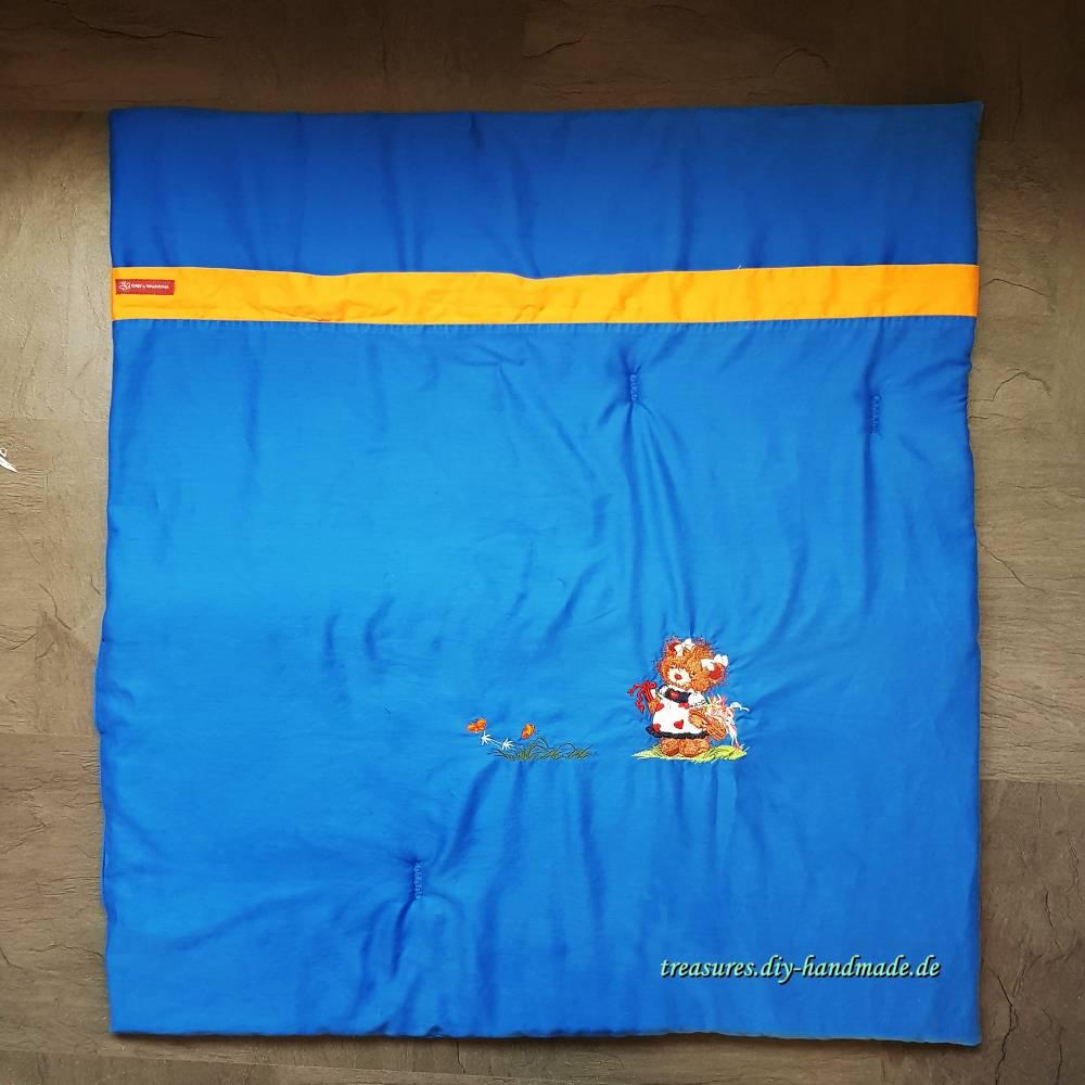 extra dicke Krabbeldecke in blau mit Stickerei, Spieldecke 89 x 97 cm Bild 1