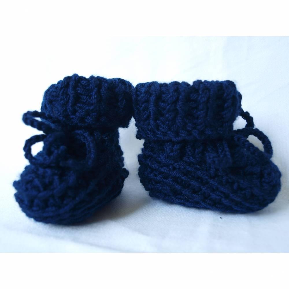 gestrickte Babyschuhe Babystiefel Merino reine Wolle dunkelblau Bild 1