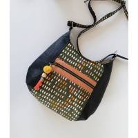 Beuteltasche Hobo Tasche Haya Bag, Kunstleder schwarz, Canvas khaki, Unikat, Handmade Bild 1
