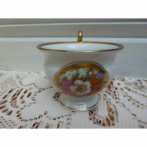 Vintage Sammeltasse mit Blumen und  Gold - Einzelstück - Tauftasse