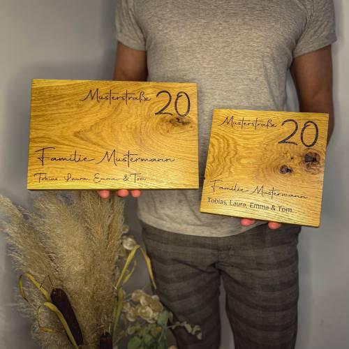 Personalisiertes Türschild Familie aus Holz Eiche massiv mit Wunschgravur