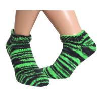 Kurze Sneaker Socken handgestrickt Gr. 39/40 in neongrün, grün und schwarz, unisex