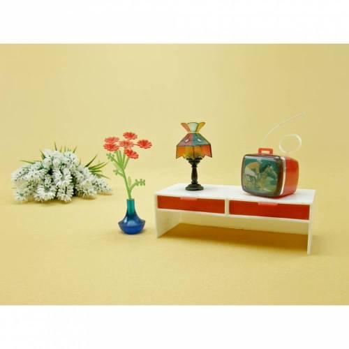 Vintage - Zubehör Puppenstube Fernseher Lampe Blume Schrank