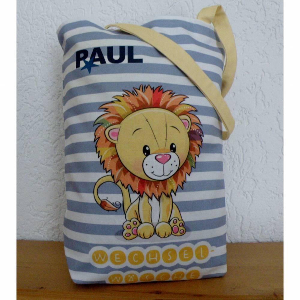 """Kindertasche aus Canvas / Wechselwäsche / """" Kleiner Löwe ganz groß im Kindergarten"""" Bild 1"""