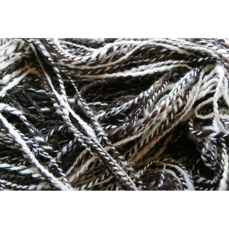 220 gr handspun handgesponnen 100% Wolle 2-fach Jakobsschaf auch Vierhornschaf uralte Rasse selten Bild 1