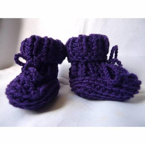 gestrickte Babyschuhe Babystiefel reine Wolle Merino violett