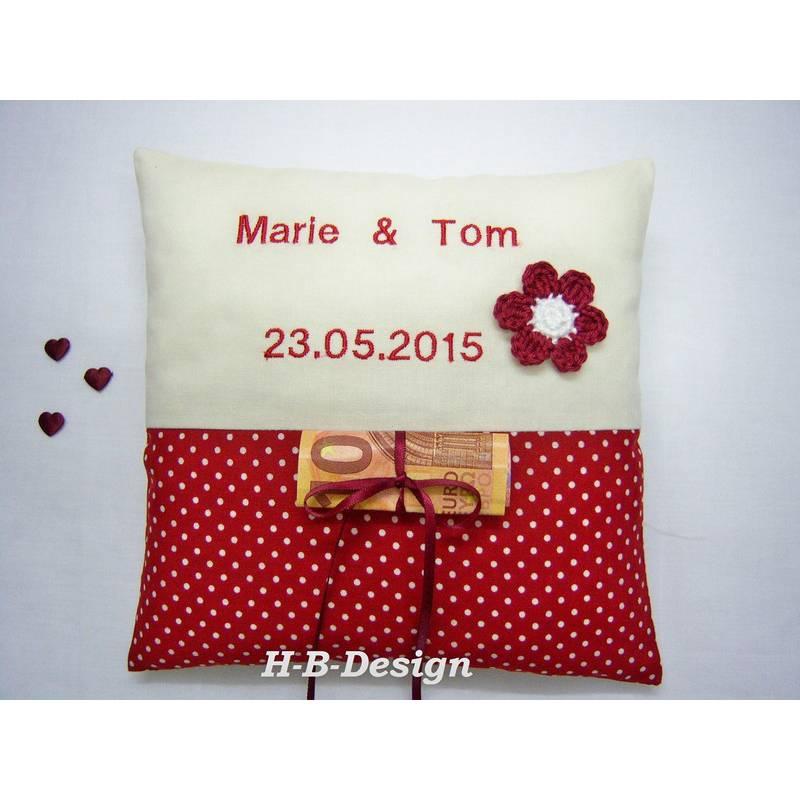 Kissen als Geldgeschenk zur Hochzeit bordeaux Pünktchen, Appli Blume Bild 1