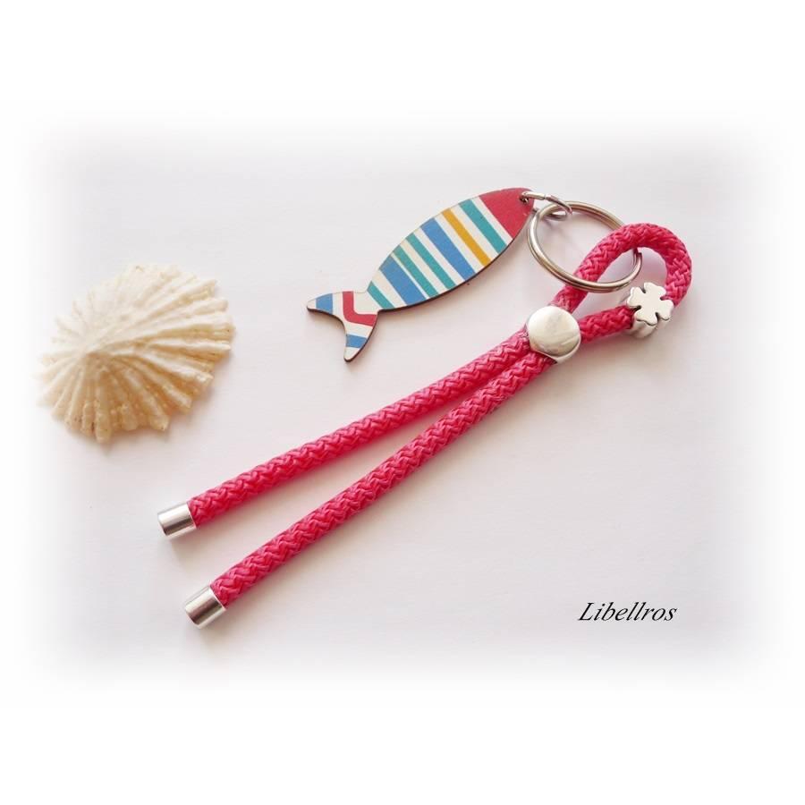 Schlüsselanhänger aus Segelseil/Segeltau mit Holzanhänger Fisch - Geschenk Kommunion - maritim,sportlich - Glücksbringer Bild 1