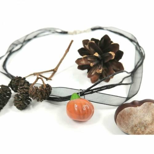 Halskette mit Keramik-Kürbis-Anhänger, Herbst-Schmuck, Halloween Schmuck