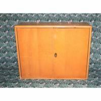 Vintage Werkzeugschrank aus Holz Bild 1