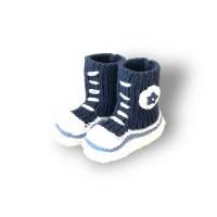 Gestrickte sportliche Baby-Schuhe MiNiS  im Sneaker - Look aus Mikrofaser in dunkelblau Bild 1