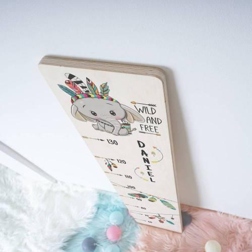 Holz - Messlatte für Kinder, personalisiert mit Name / Wunschtext, Motiv: Wild and Free Elefant