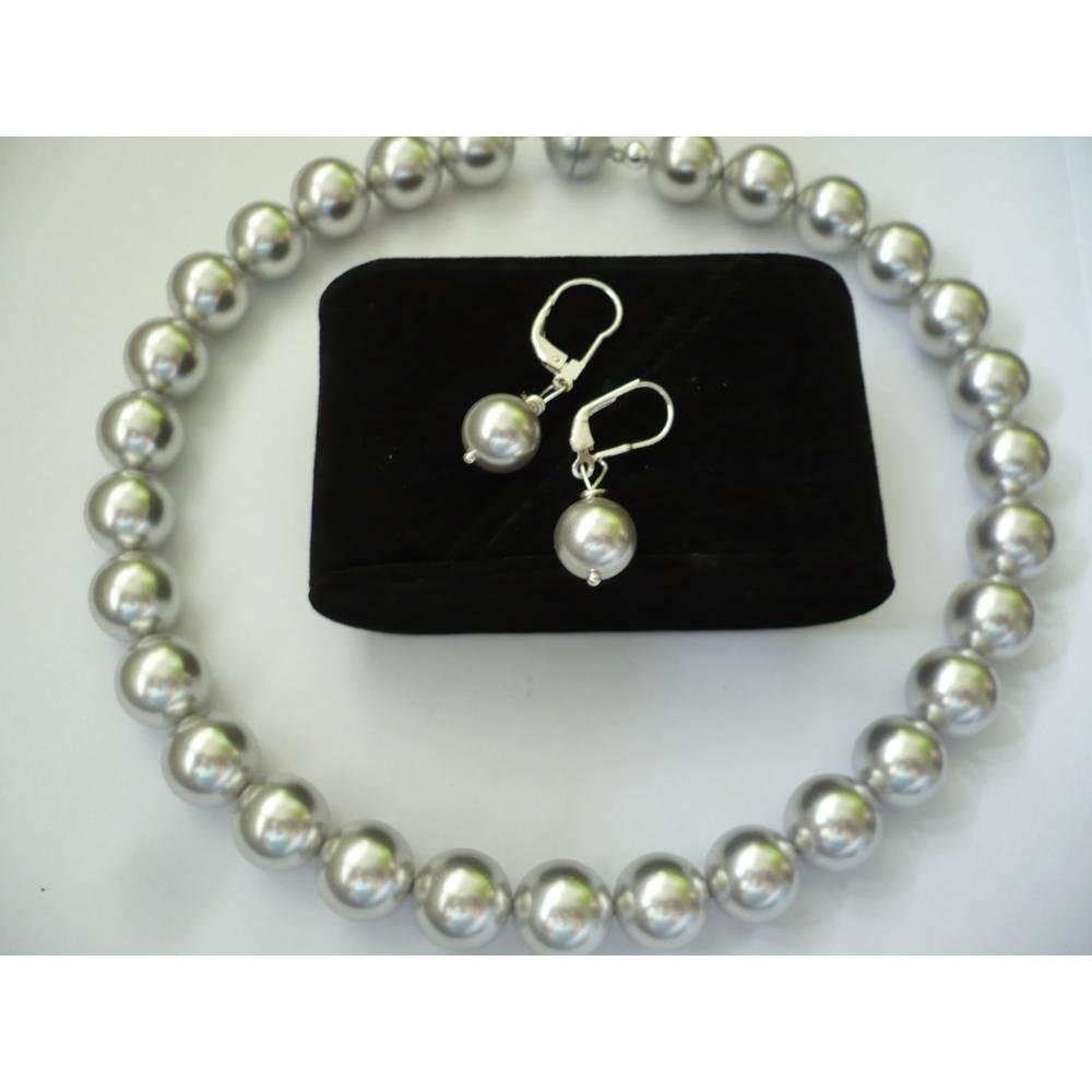 Wunderschöne Silber-Graue Muschelkern Perlenkette,Moderne Perlenkette,Braut Schmuck,Handgefertigte Perlenkette Bild 1