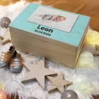 Erinnerungskiste mit Wunschfoto, Holzkiste mit Geburtsdatum und Name für Kinder, aus Holz, Holzbox für Babys, individuelles Baby Geschenk Bild 1