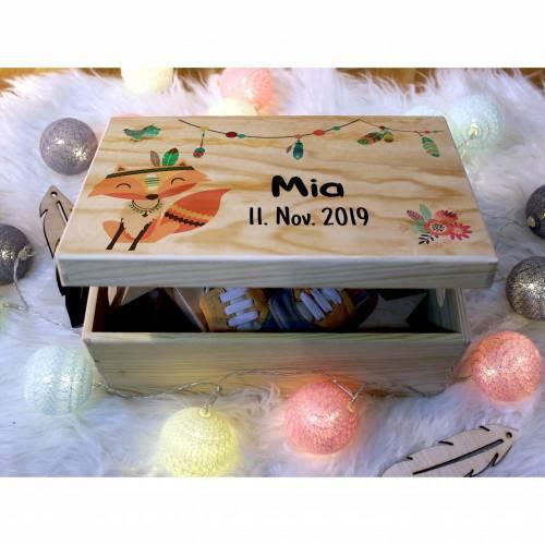 Erinnerungskiste Baby, aus Holz, Erinnerungsbox, personalisierbar mit Geburtsdaten und Namen, individuelle Holzkiste mit Deckel, Fuchs
