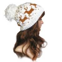Wintermütze Damen Bommelmütze Hirsche im Schnee in weiß und braun handgestrickt mit Fair isle Technik Bild 1
