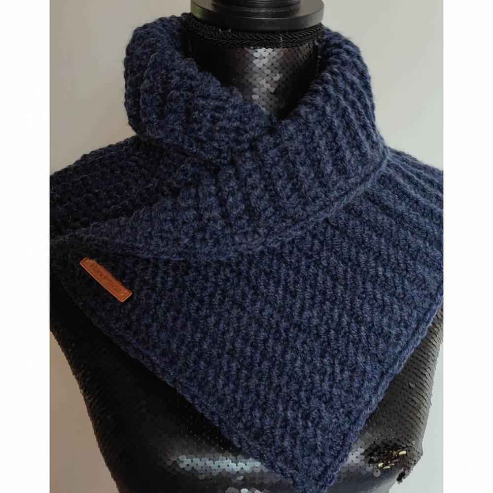 Kuscheliger Schalkragen jeansblau Bild 1