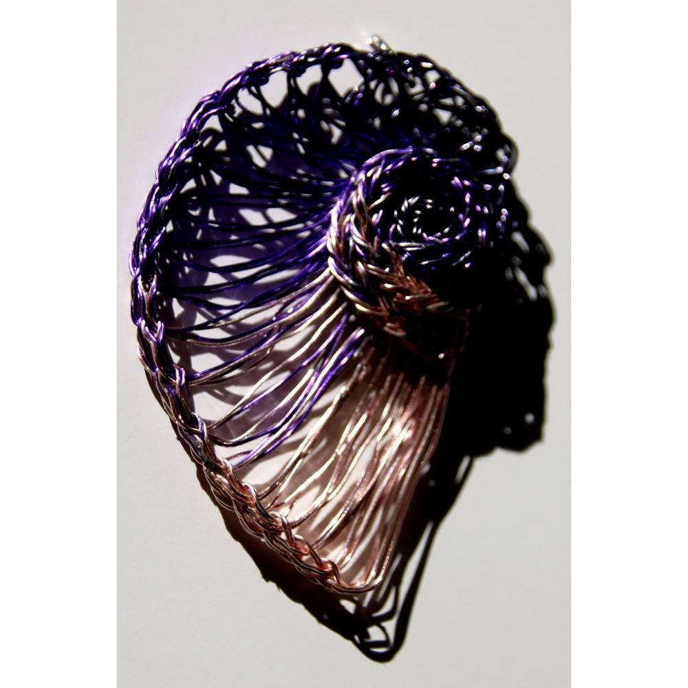 Halsreif mit Nautilusschnecke - Hand gestrickt jedes Stück ein Unikat Bild 1