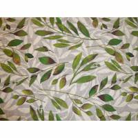 10,70 EUR/m Dekostoff Eucalyptus Blätter grün auf grau Bild 1