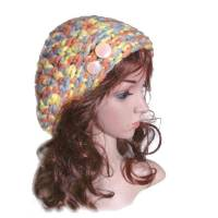 Beaniemütze Baskenmütze Farbverlauf gehäkelte Handarbeit gelb orange und hellblau mit silberfarbenem Viskosefaden  Bild 1