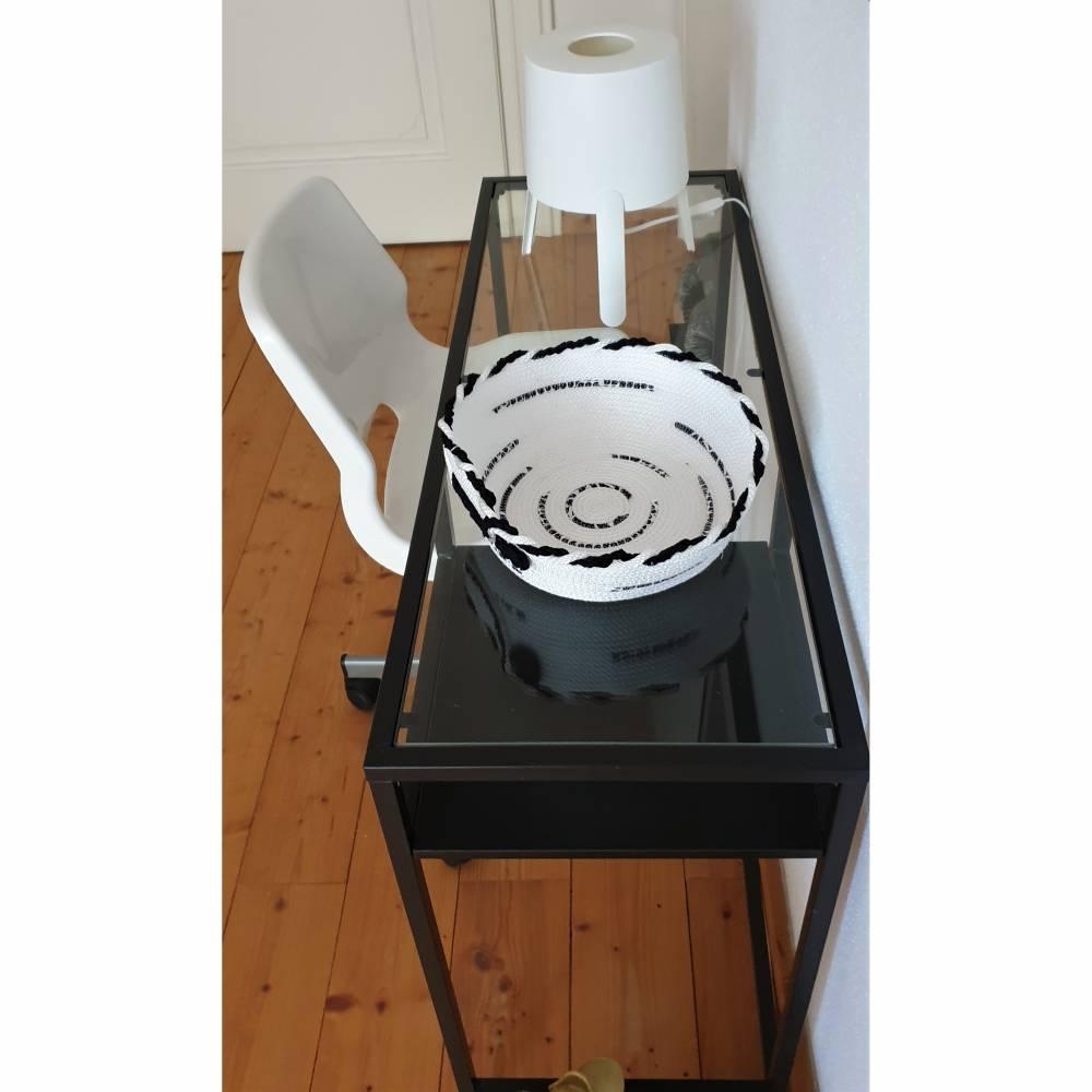 Rope Bowl - Seilkorb - Utensilo - Schale - aus Polypropylen-Seil - genäht - weiß mit schwarz  Bild 1