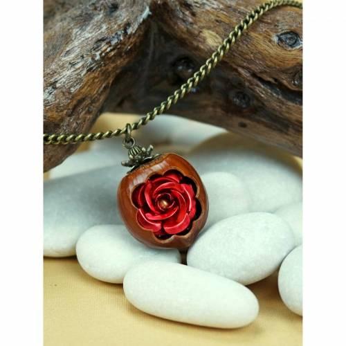 Kette Rose in Haselnuss Rot Braun Nuss Holz Blume Bronze Unikat Naturschmuck