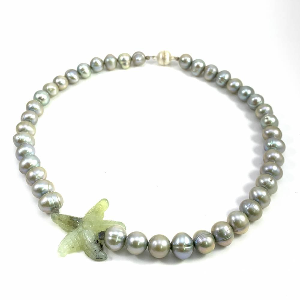 UNIKAT! echte Süßwasser Perlenkette in Hellgrün mit SERPENTIN SEESTERN Bild 1