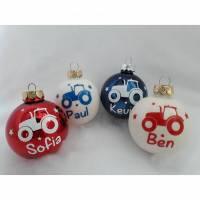 Weihnachtskugel mit Traktor und individuellem Name | personalisierte Christbaumkugel | Weihnachtskugel | Christbaumschmu Bild 1