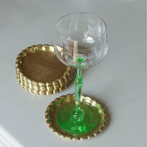 Zehn Vintage Messing Untersetzer für Trinkgläser