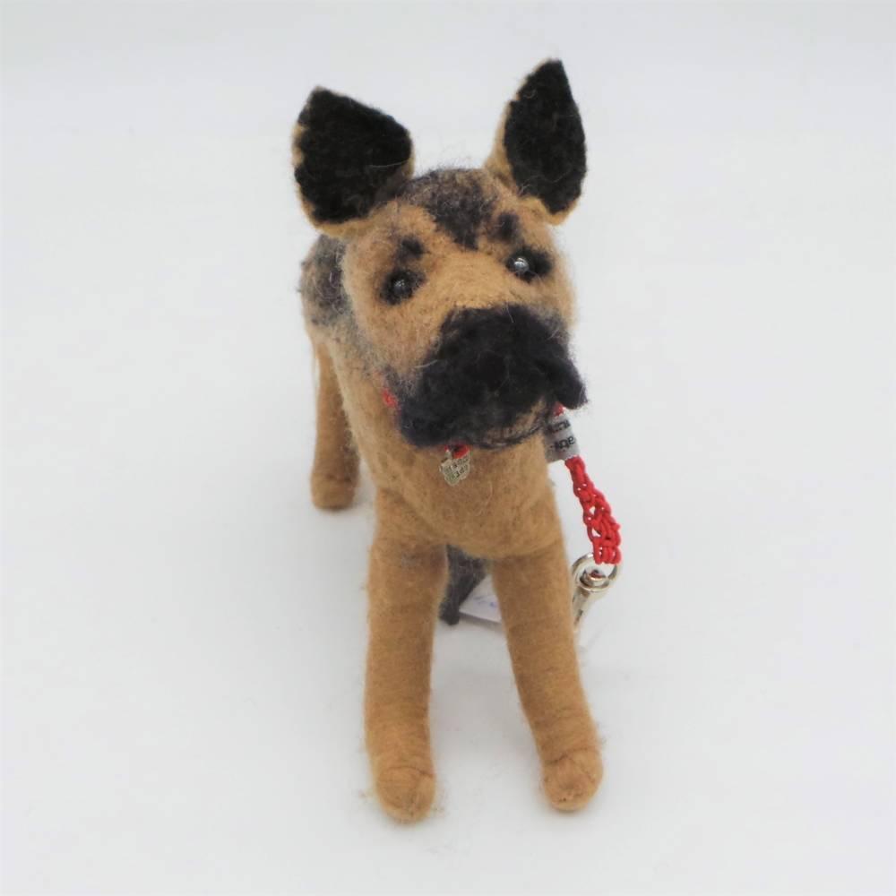Kotbeutelspender Schäferhundes aus Filz, Gassitäschchen, Etui für Kotbeutel, Hunde Accessoires, Schäferhund als Tasche Bild 1