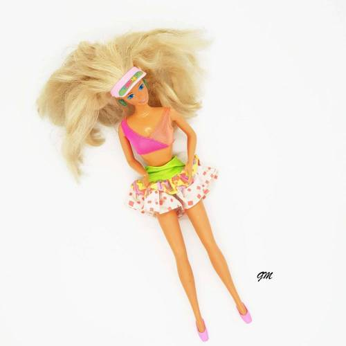 vintage, original Barbie von Mattel, 1966 aus den 80er Jahren mit Sportkleidung,  30 cm,