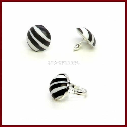 """Schmuckset """"Zebra"""" Cabochon Ohrstecker/ Ohrclips und Ring, Acryl 18mm schwarz/weiß, versilbert, Geschenk"""