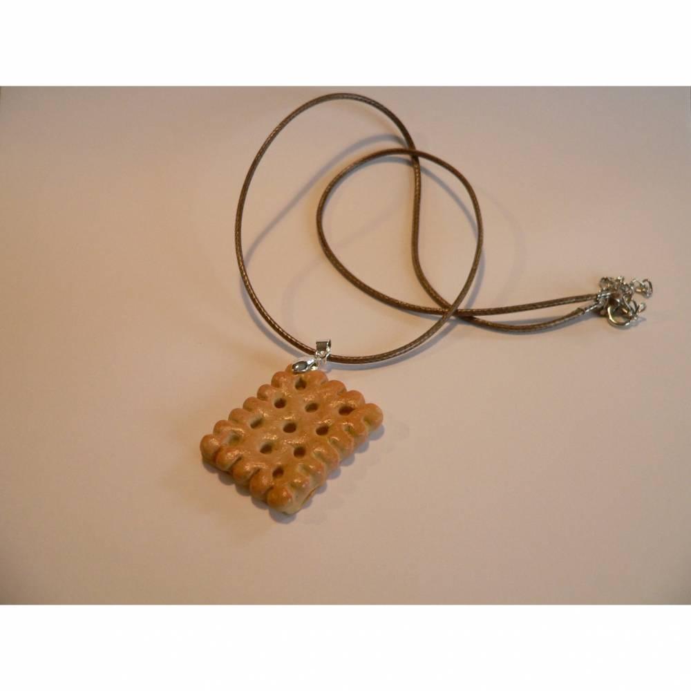Kette Halskette Butterkeks modelliert aus Fimo Polymer Clay  Bild 1