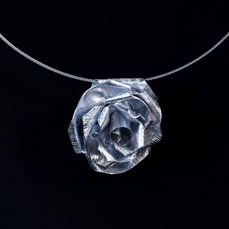 Kette Halskette Rose Anhänger Kettenanhänger Bild 1