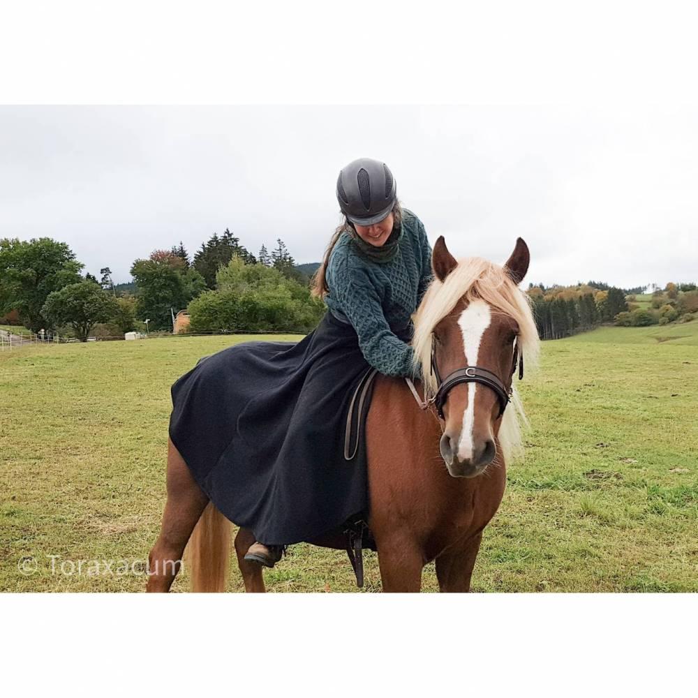 Reitrock grau Wolle, XS-XL Wickelrock anthrazit, Pferd und Reiter Herbst, reiten im Winter, langer Rock Fotoshooting Bild 1