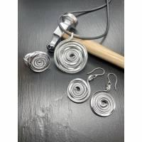 Set Turbinio Anhänger plus Ring plus Ohrhänger Statement Bild 1