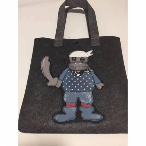 Filztasche mit Applikation Hippo Pirat für Kinder