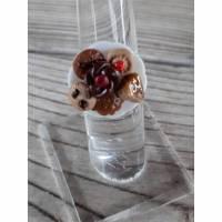 Ring mit Keksen in miniatur auf Teller Fimo Polymer clay handmodelliert Bild 1