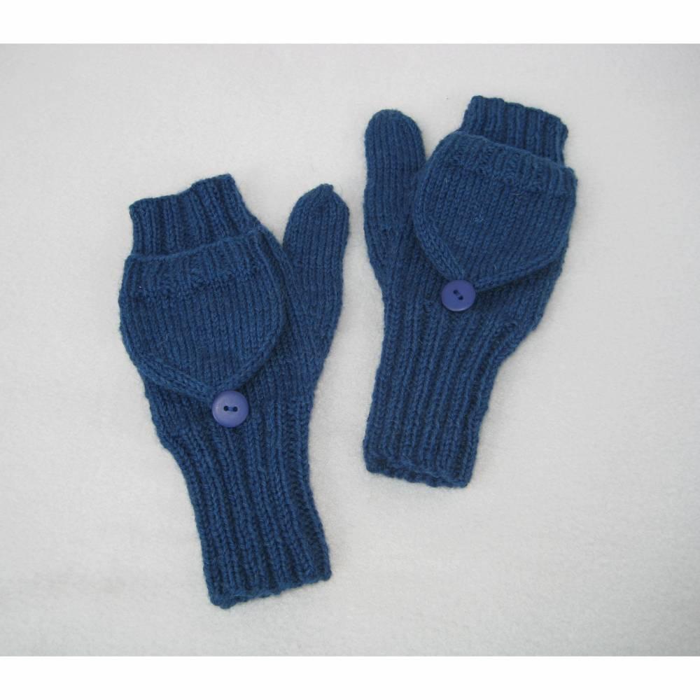 Handgestrickte Klapphandschuhe Fausthandschuhe zum Klappen Pulswärmer mit Daumen in Rauchblau Größe M ➜ Bild 1