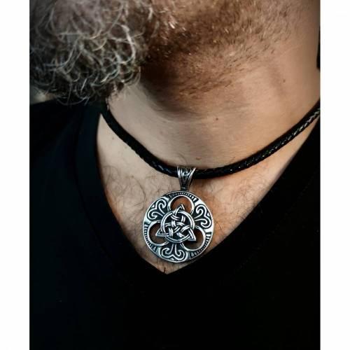 Kette, Lederkette, keltischer Knoten