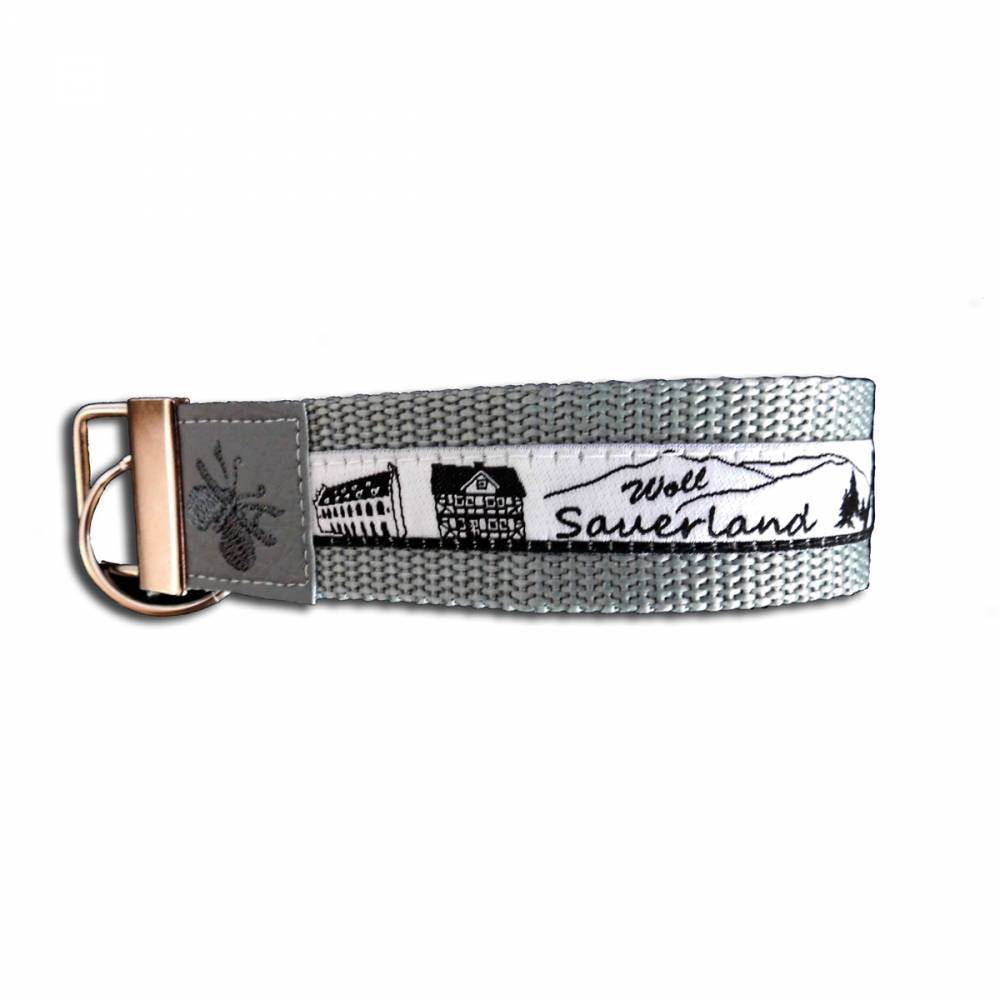Schlüsselband personalisiert Monogramm Schlüsselanhänger mit Skyline Sauerland Woll  Geschenkidee Bild 1