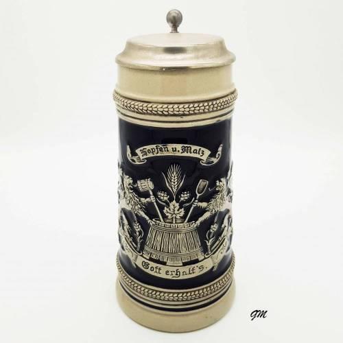 vintage 90er Jahre bayerisch blau Krug für Bier mit Henkel und mit 95% Zinndeckel, Sammelobjekt