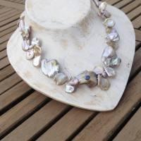 Extravagante natürliche Perlenkette mit blauem Saphir, Keshi-Perlen Rosenblätter Bild 3