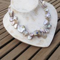 Perlenkette mit blauem Saphir, rosa mauve natürliche Keshi-Perlen wie Rosenblätter Bild 3