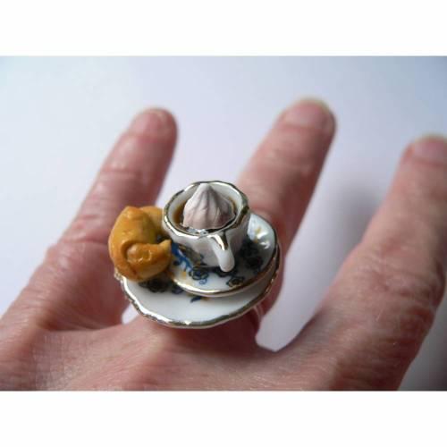 Fingerring Cappuccino und Croissant Frühstücksring Ring