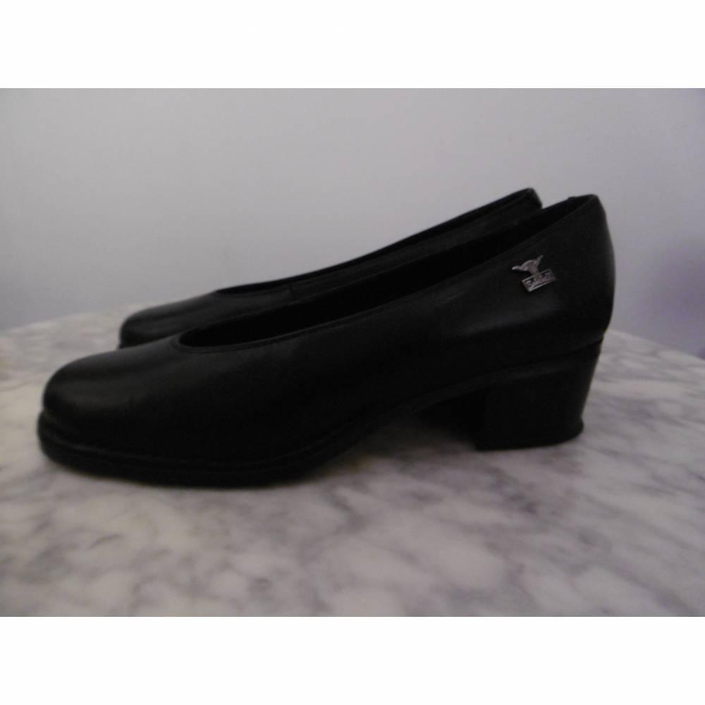 VINTAGE *** mit diesen Schuhen gehst Du meilenweit *** Gr. 41 Bild 1