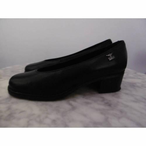 VINTAGE *** mit diesen Schuhen gehst Du meilenweit *** Gr. 41