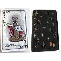 Tarot-Karte 'Der Magier'  /  'The Magician' / 'The Magnus' aus dem Großen Arkana - gestickt auf  Bild 1