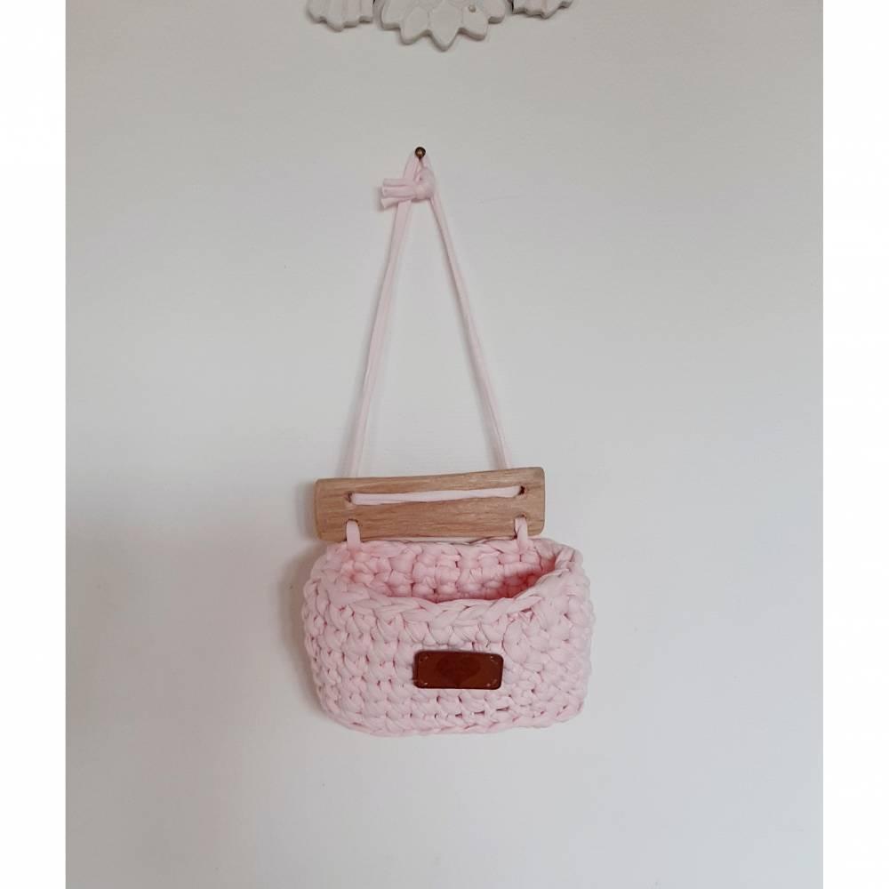 Kleines Hänge-Utensilo aus Textilgarn, hellrosa Bild 1